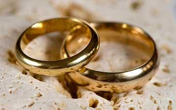 اذن ولی در ازدواج دختر چه آثاری به دنبال دارد؟